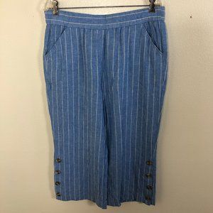 COUNTERPARTS Stripe Cropped Button Capri Pants